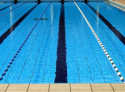 Nästan 8000 femteklassare kan inte simma