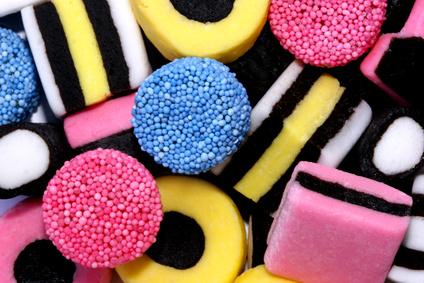 Svenskar äter 17 kilo godis per person och år